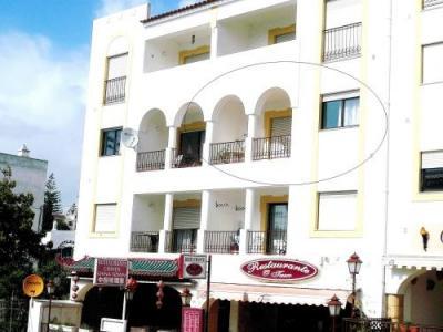 Algarve Carvoeiro, luxe appartement met 2 slk en zwembad.