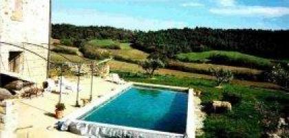 Lubéron: mooi appartement met zwembad