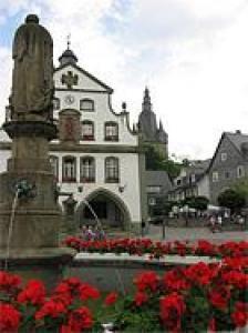 Voordelige vakantie met uitzicht in Sauerland;voor jong en oud in zomer en winter.