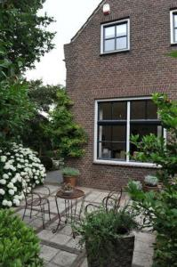 Lux vakantiehuis De Joffers: een wereld van rust, ruimte en schoonheid in 't hartje van nrd-limburgs Rozenland (max. 5).