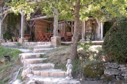 Hermitage Rochas Couchaud - vakantiehuis,gites,B&B