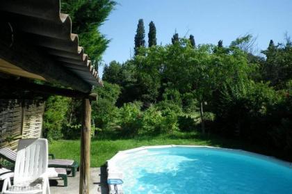 Mazet met zwembad in hartje Provence