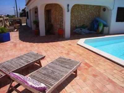 Vakantievilla met zwembad in Carvoeiro, Algarve