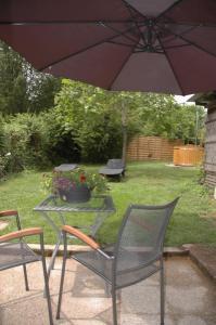 Au Chabrol Auvergne vrijstaand vakantiehuis gite hottub zwembad