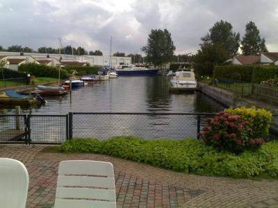 Bungalow Aquahorst direct aan het water
