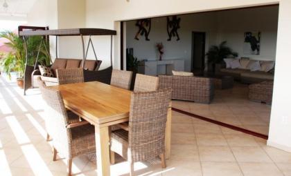 20% korting 2011 Penthouse - derde week for free - Jan Thiel - Panoramisch uitzicht - zwembad