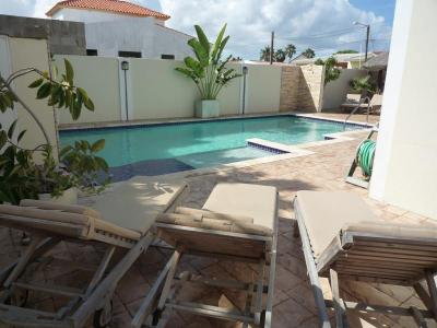 Aruba's Island-Hotspot, A joy in Paradise in Palm Beach
