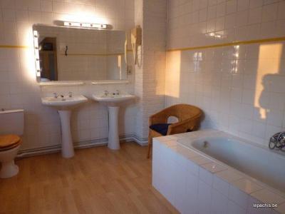 Ardennen: vakantiehuis voor 20 personen met 10 slaapkamers en 10 badkamers