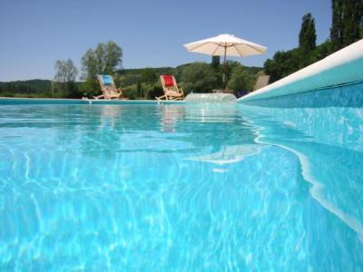 Prachtige watermolen met zwembad in de Lot ( B&B en studio)