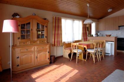 Comfortabel ,zeer zonnig gelegen 4**** Chalet te Fiesch 2 tot 10 pers,(2 etages)