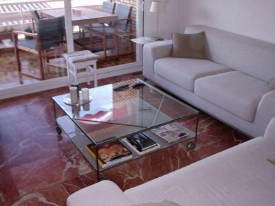 Lux appartement in Roses met zicht over de Baai.