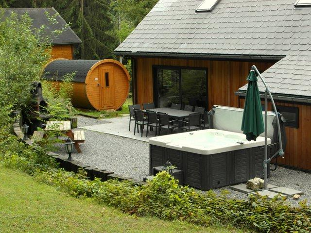 ardennen vakantiehuis 10 tot 12 personen met jacuzzi sauna. Black Bedroom Furniture Sets. Home Design Ideas