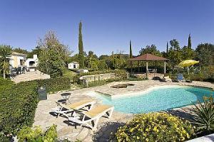 Schitterend mooie kind vriendelijke villa met zwembad 6/8 pers.