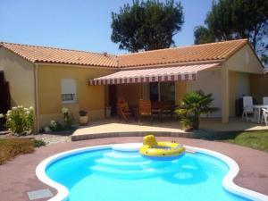 Luxe 6 persoons bungalow met prive zwembad