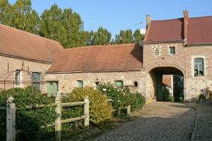 La Rose Laitiere : Romantische Bed en Breakfast in historische hoeve / natuurpark Avesnois - regio V