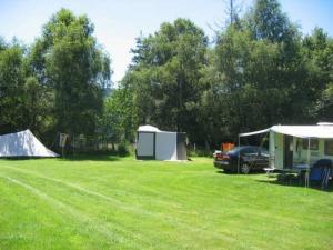 Kleine camping in Frankrijk, Auvergne, Puy-de-Dôme